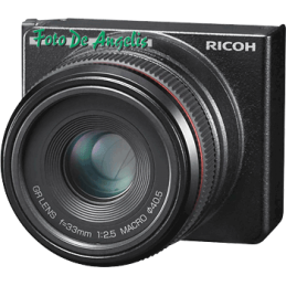 Ricoh 50 F2,5 MACRO per GXR
