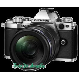 Olympus OM-D E-M5 Mark II +...