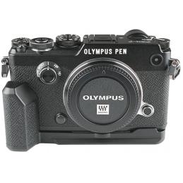 Olympus PEN F black +...