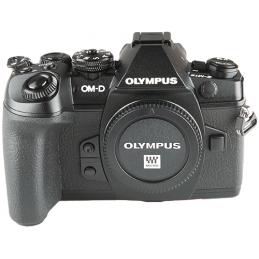 Olympus OM-D  E-M1 mark II...
