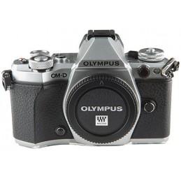Olympus OM-D  E-M5 mark II...