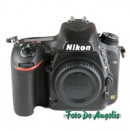 Nikon D750 corpo usato...