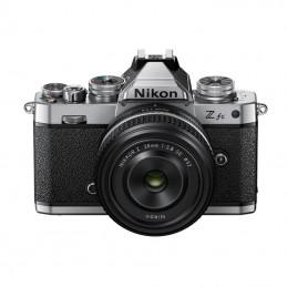 Nikon Z FC + Z 28 F2,8 SE