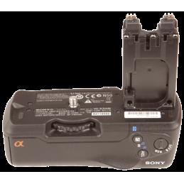 Sony VG-B30AM vertical grip...